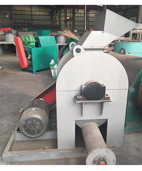 木炭粉碎机